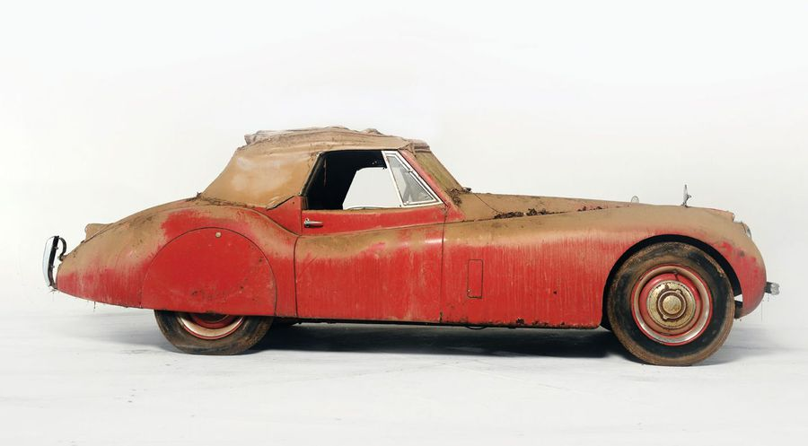 download Jaguar Body Fittings drop head coupe only with standard transmission able workshop manual